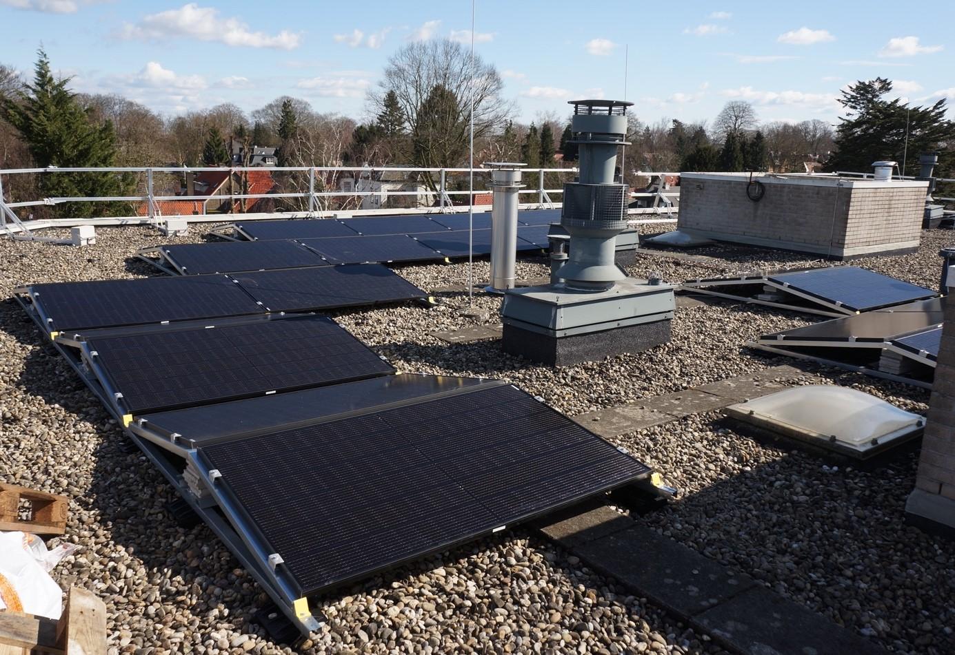 Verduurzaming VvE's: HET helpt bij zon op dak (en meer)